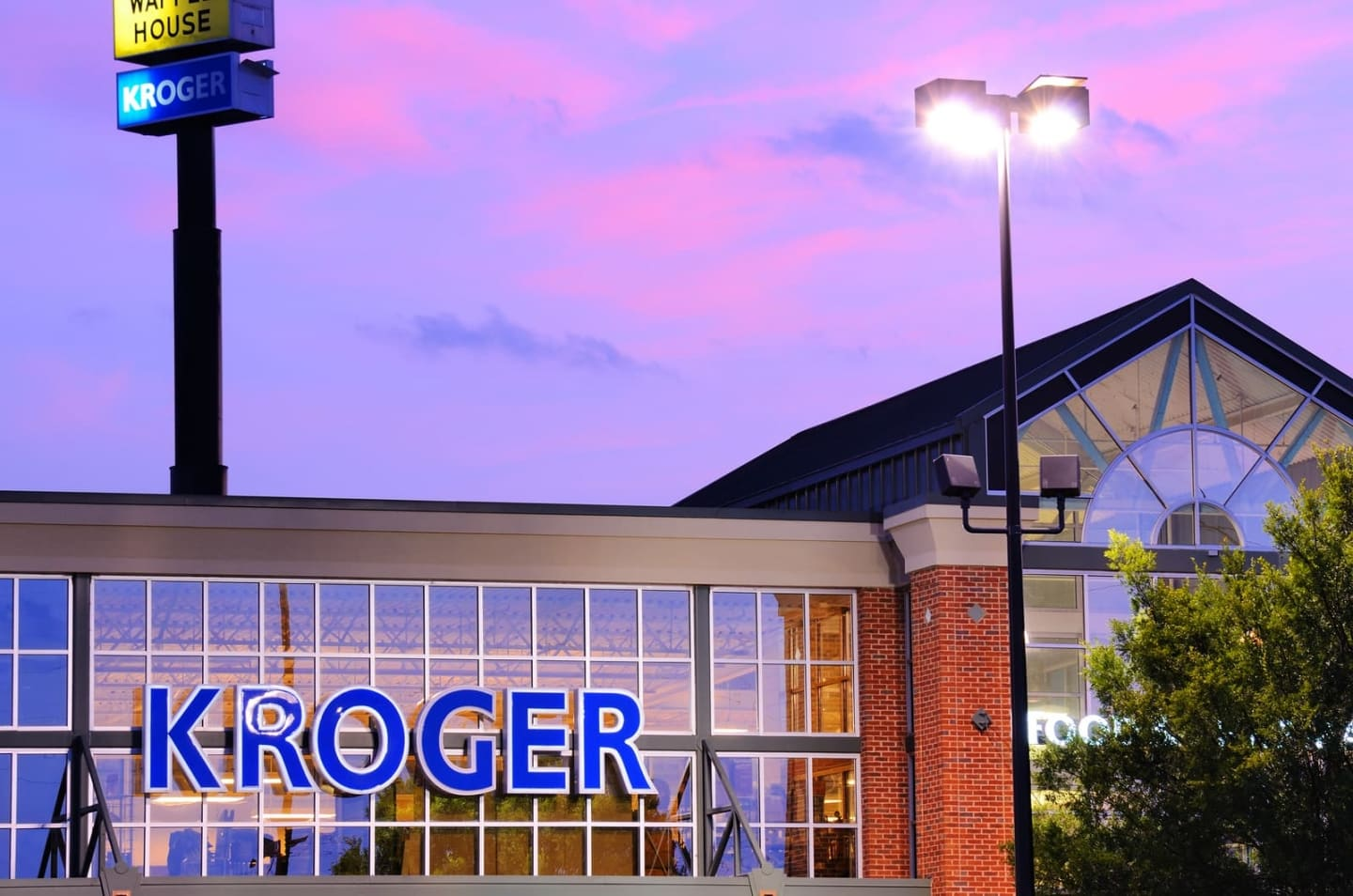 Using New Data Insights to Grow and Maintain Loyalty with Kroger and The Wall Street Journal