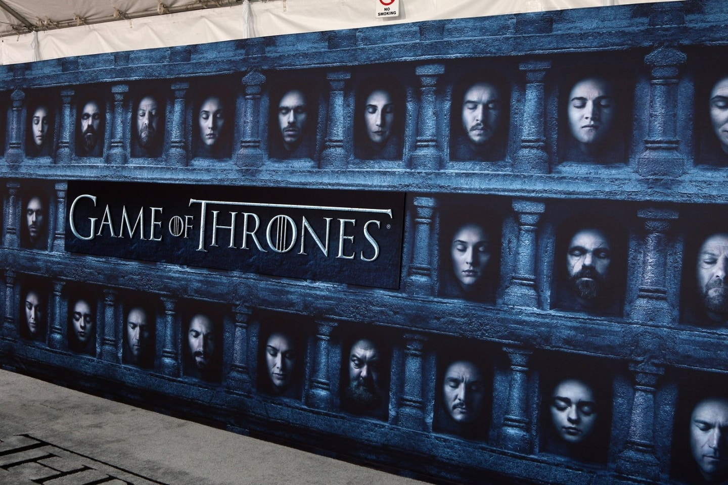 New York Times Scores With Game of Thrones Fans; BuzzFeed Tip‑Toes Into Ecommerce