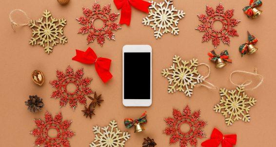 sailthru-holiday-mobile-shopping