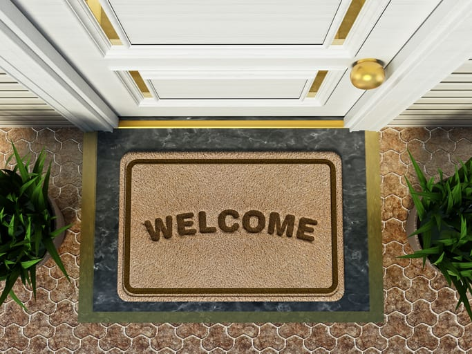 How to Use Welcome Emails to Turn Your Welcome Mat Into a Red Carpet