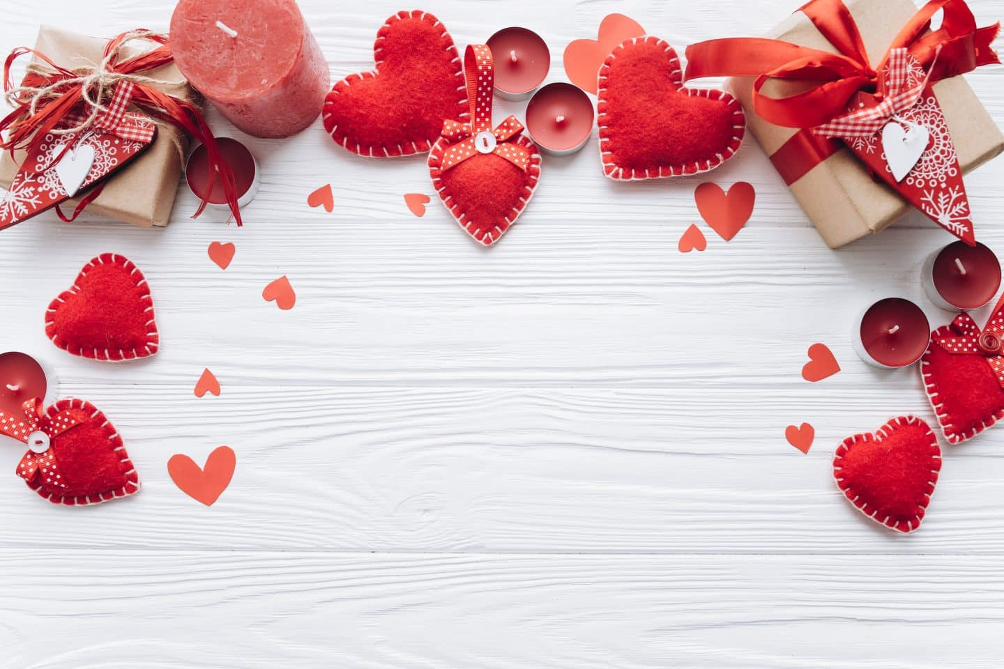 7 Valentine's Day Emails We Love from Savage X Fenty, Saks Fifth Avenue and Zales