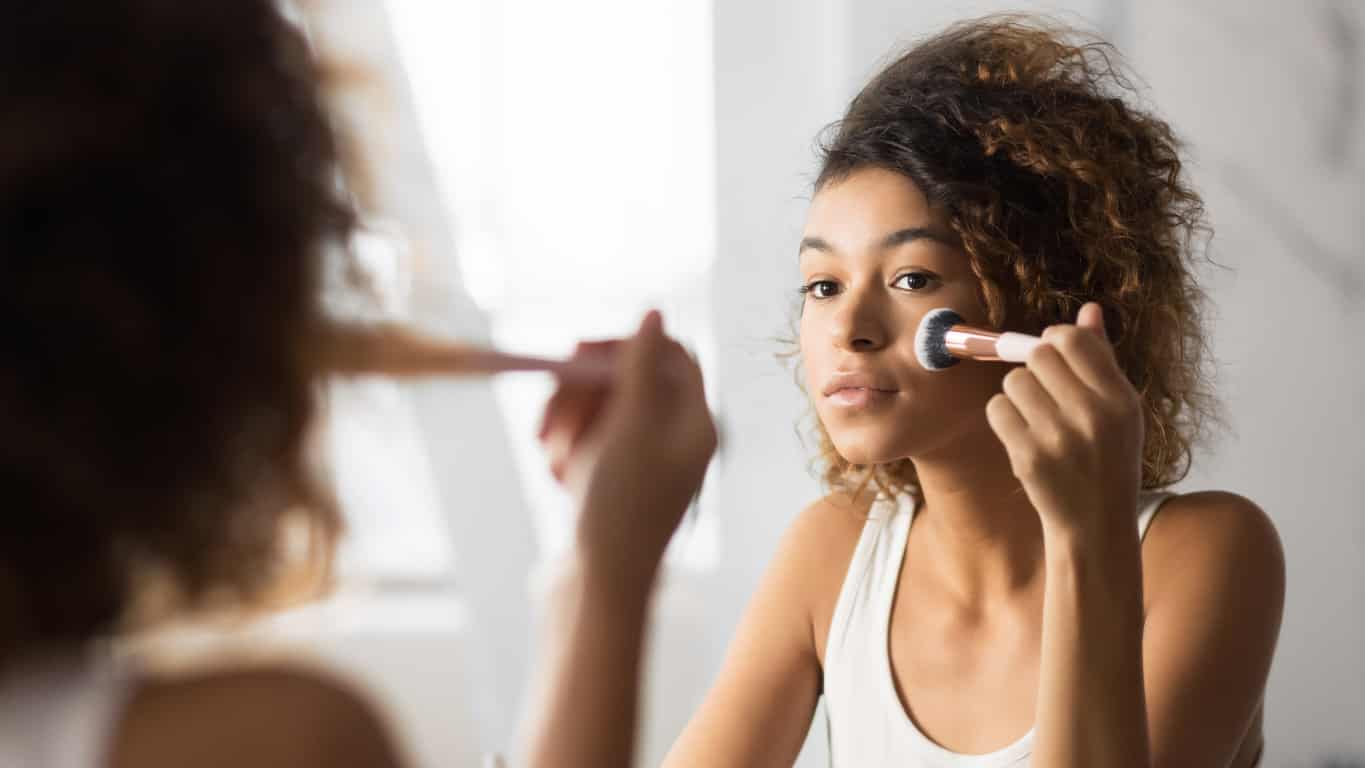 Why Personalization Is Especially Important in the Beauty & Cosmetics Industry